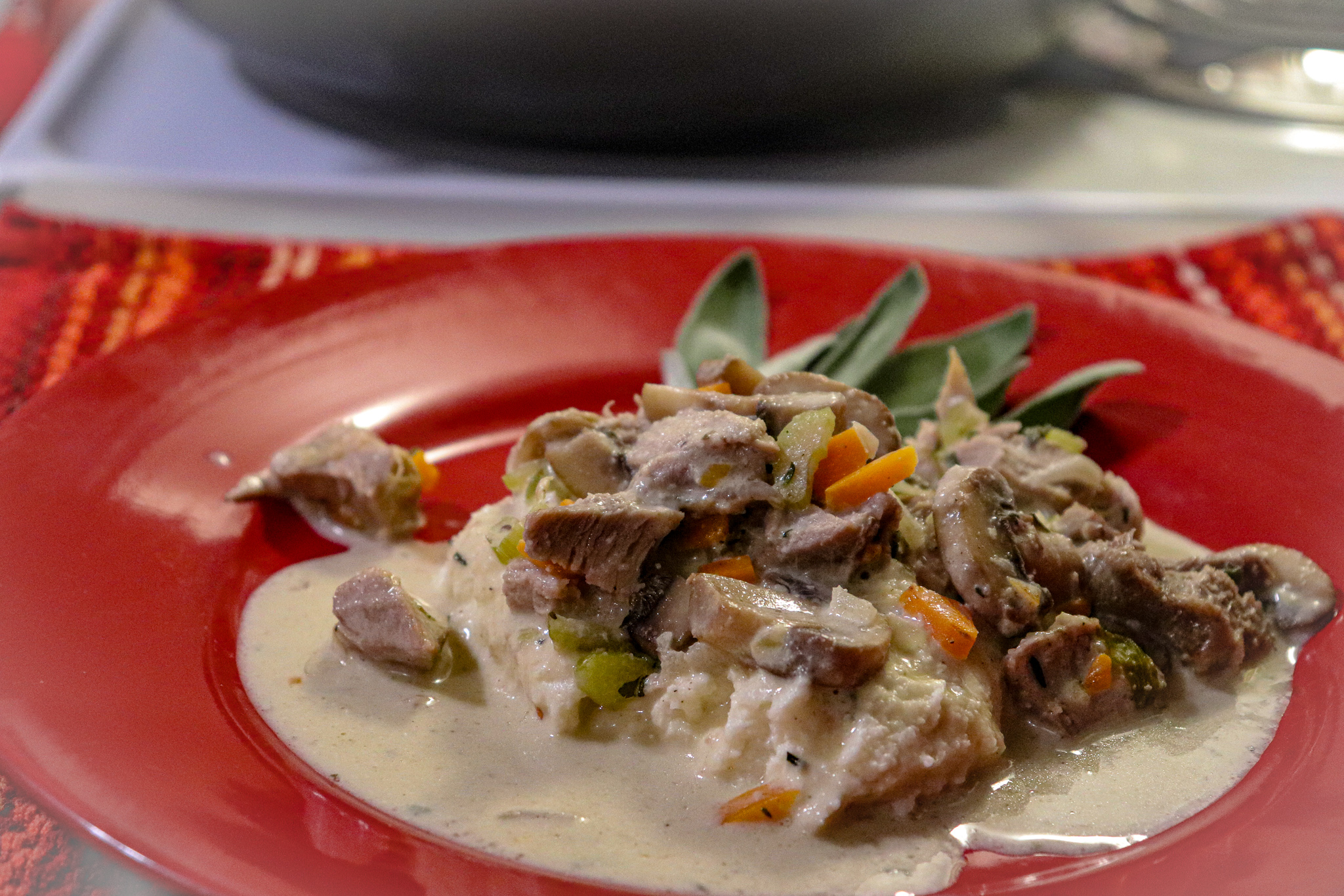 Keto Turkey Fricassee