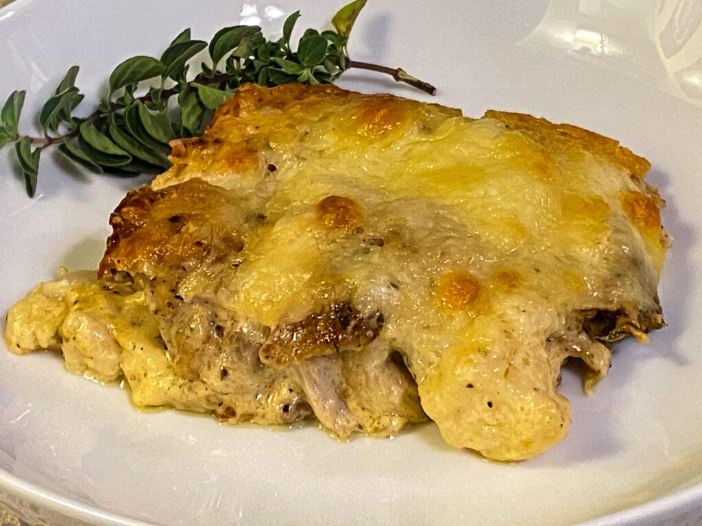 Keto Chicken Alfredo Bake