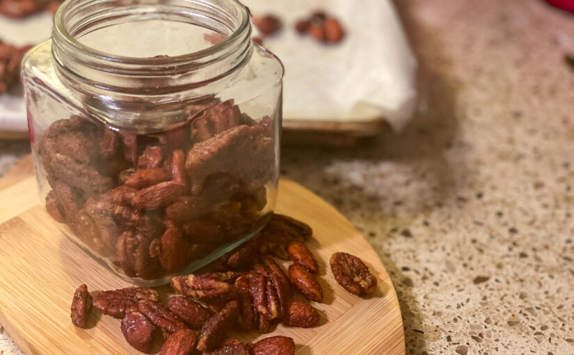 Keto sweet & salty party nuts