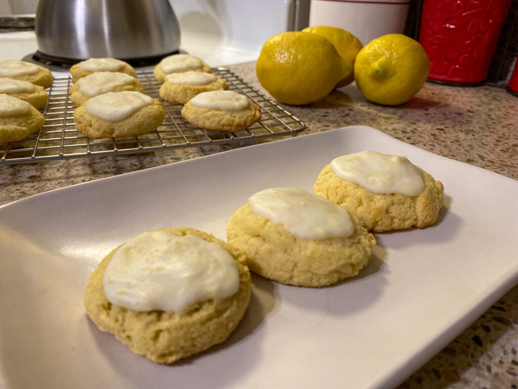 Keto soft lemon cookies
