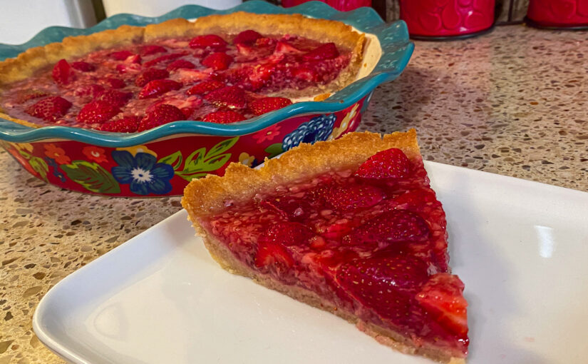 Keto Fresh Strawberry Pie